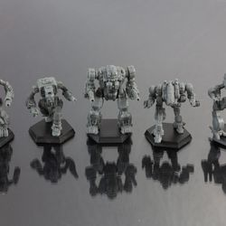A Clan Heavy Striker Star, including a Gargoyle, Hellbringer, Mad God, Ice Ferret, and a Viper 'Mech. Retail is $24.99.