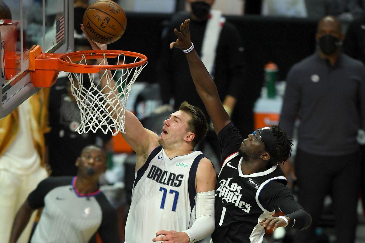 NBA: Dallas Mavericks at Los Angeles Clippers
