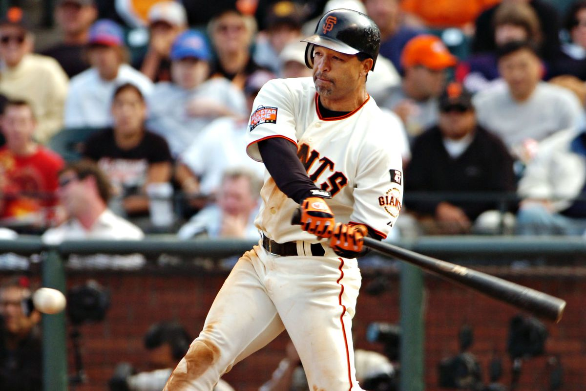 San Francisco Giants athlete Dave Roberts connects for a tying 2-run double off a pitch from Buddy Carlyle during 5th inning action against the Atlanta Braves Thursday, July 26, 2007, at AT&T in San Francisco, Calif. (Ron Lewis/San Mateo County Times)