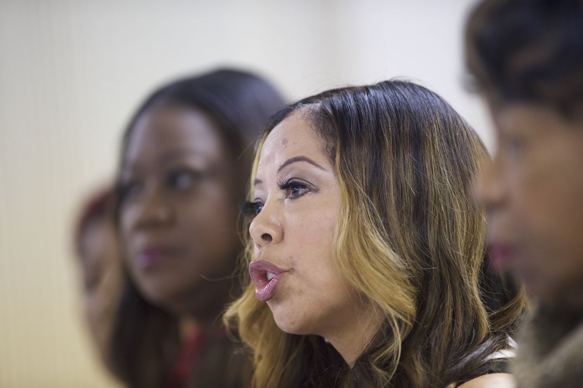 Mothers Of Sons Killed In Police Shootings Attend SC Forum Supporting Clinton