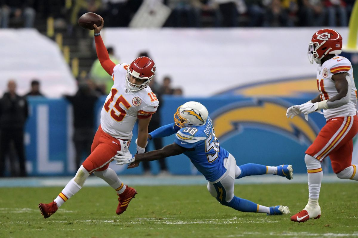Chiefs News: A healthy Mahomes can cause some damage with his legs