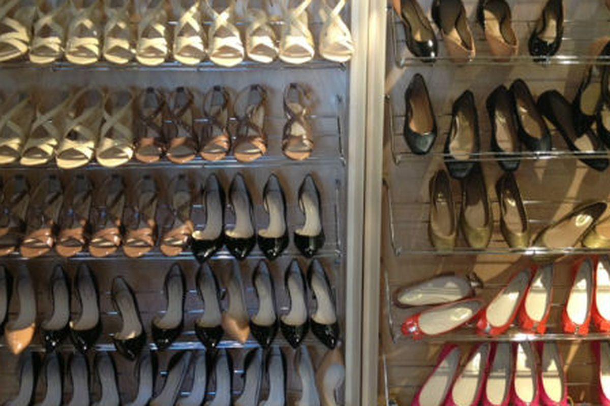 "Shoes at the Elie Tahari sale via <a href=""http://samplesally.com/apparel/elie-tahari-sample-sale-size-4-and-6-dominates/"">Sample Sally</a>"