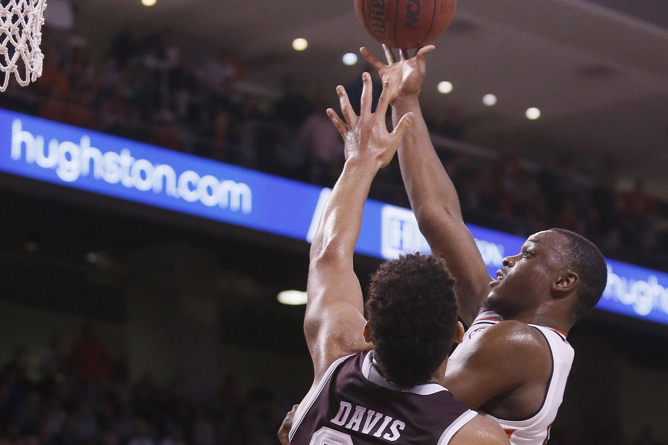 NCAA Basketball: Texas A&M at Auburn