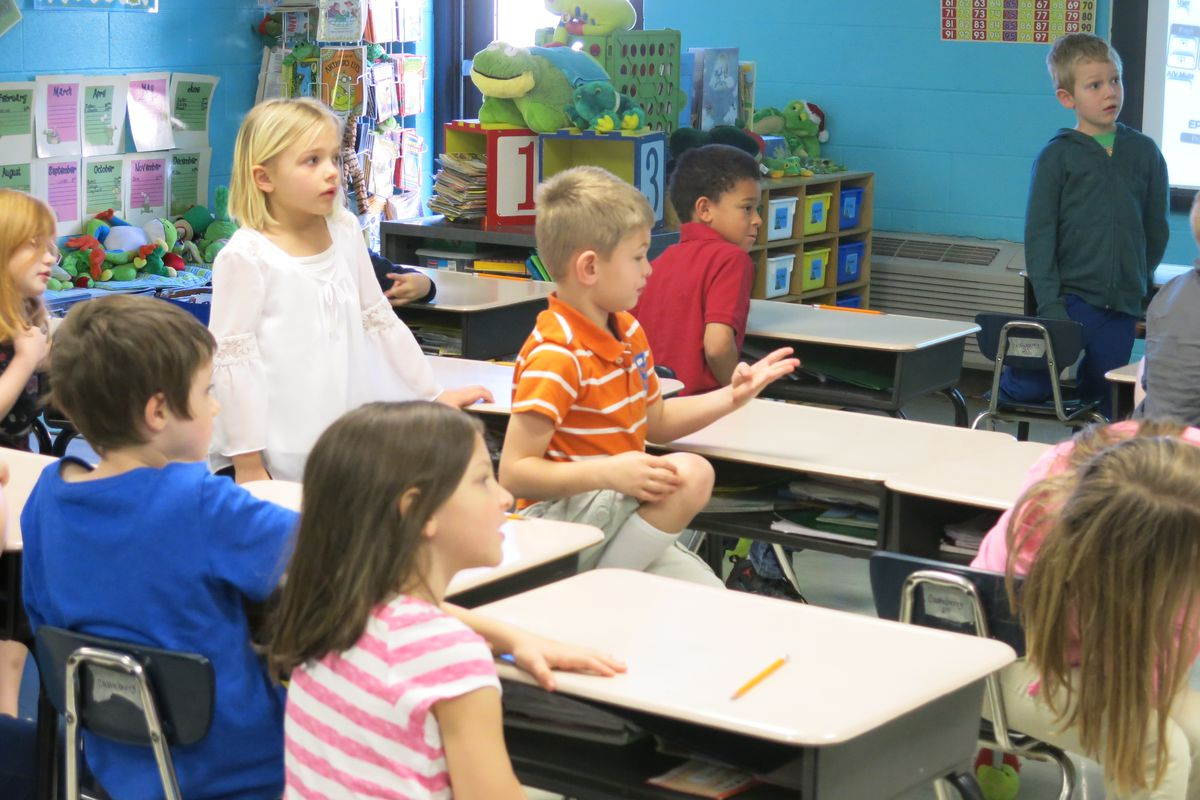 First-graders at Pleasant View Elementary in Cheatham County work on a math problem. Cheatham County is one of a handful of districts in the new Mid-Cumberland Math Consortium.