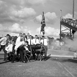 1959-FIRE THE CANNON