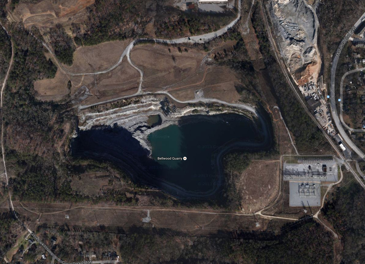 An aerial view of Bellwood Quarry in The Walking Dead.