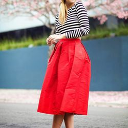 """Liz of <a href=""""http://www.lateafternoonblog.com""""target=""""_blank"""">Late Afternoon</a> is wearing a Tibi skirt, a Zara top, Valentino shoes and a Hat Attack hat."""