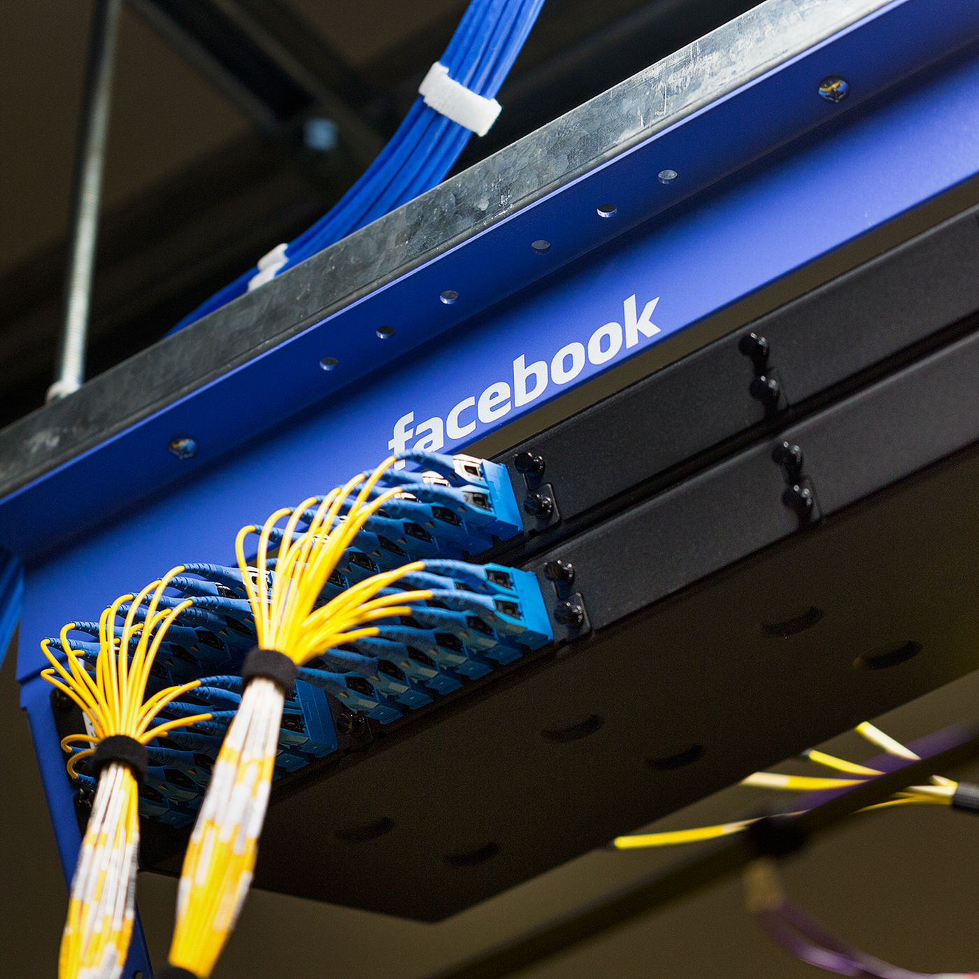 Does Facebook Think Youre Liberal Or Conservative Heres How To Electrical Wiring Books Group Picture Image By Tag Find Out The Verge