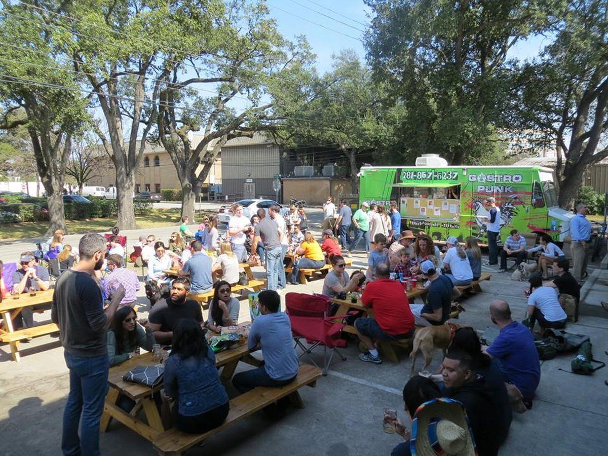 Buffalo Bayou Crowd