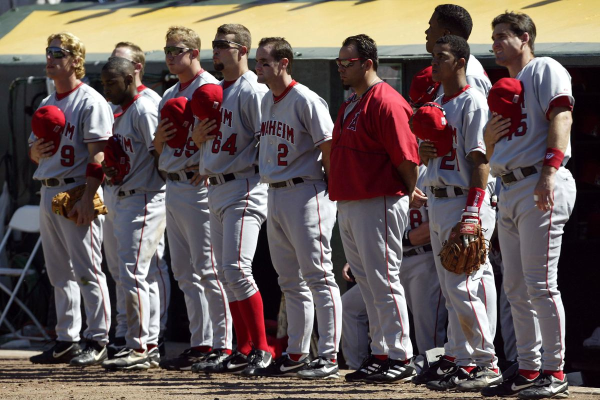 Anaheim Angels Pause For Silence In Rememberance Of 9/11