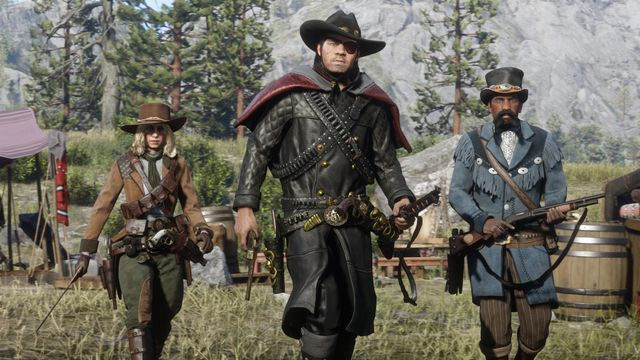 Red Dead Online - the three Frontier Pursuits approach the camera.