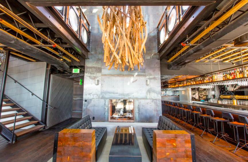 The bar at Kettner Exchange