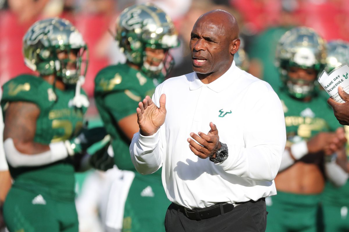 52d261927 Sources  USF Special Teams Tight Ends Coach Justin Burke to Call Plays in  Gasparilla Bowl - The Daily Stampede