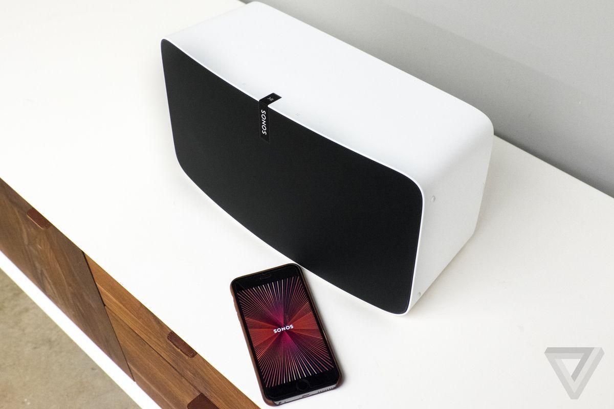 iphone music app lock screen