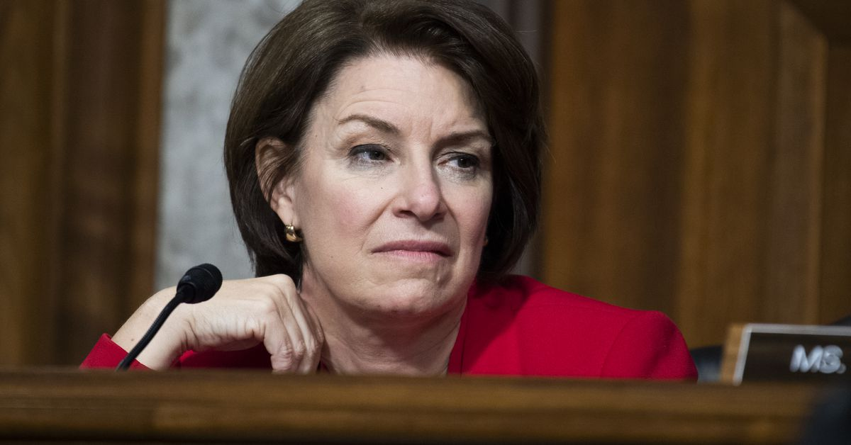 Senators roll out bipartisan data privacy bill