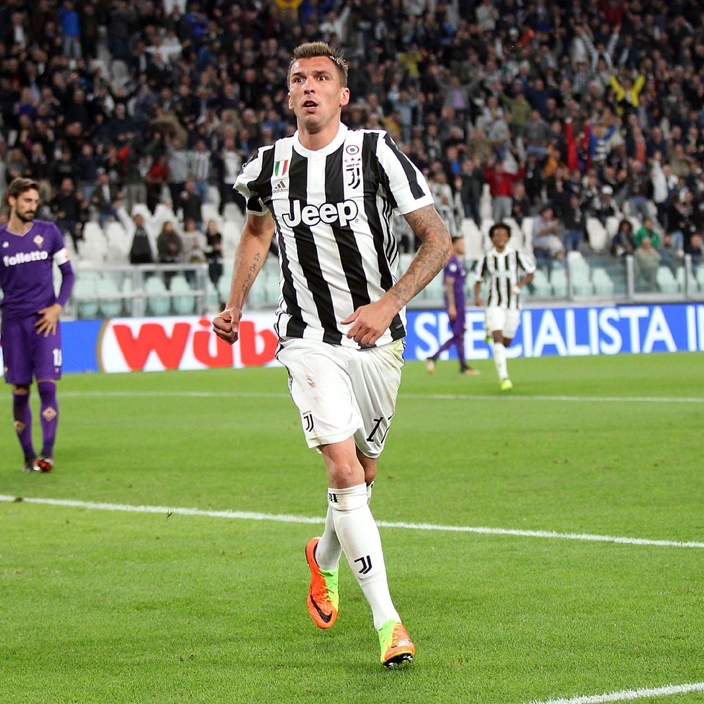 b223b44132f Juventus vs. Fiorentina  Mandzukic heads Juve to victory over Viola ...
