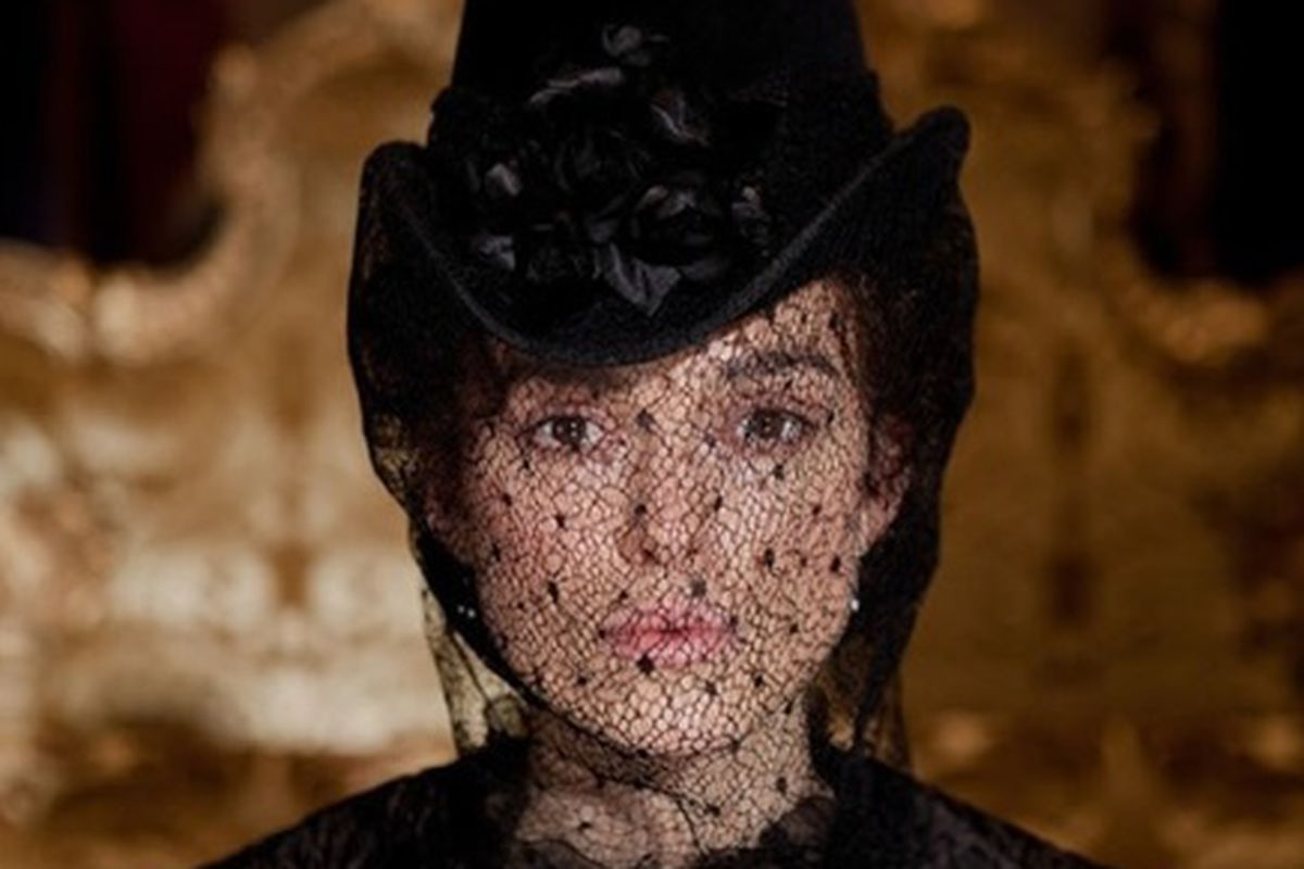 Anna Karenina stars Kiera Knightly and Jude Law. It's a little known fact that Russians are actually British.