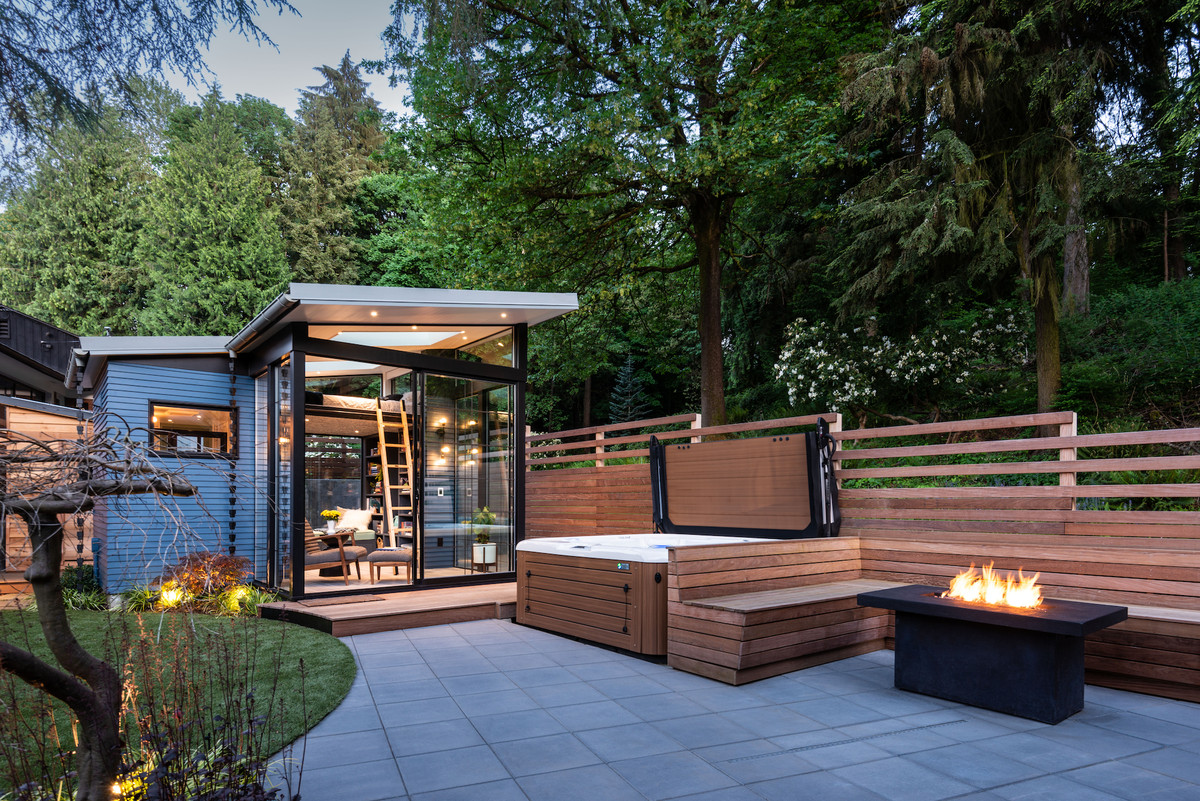 Backyard shed design is a dream for readers - Curbed on Modern Back Garden Ideas id=96034