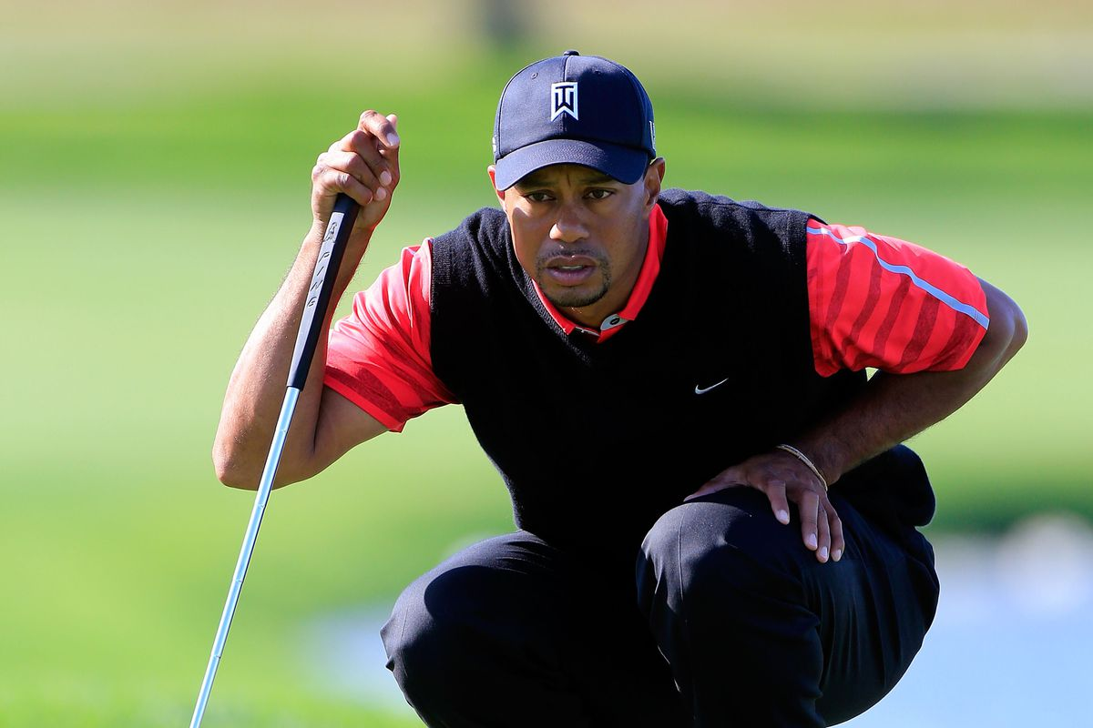 Tiger Woods wins the 2013 Arnold Palmer Invitational