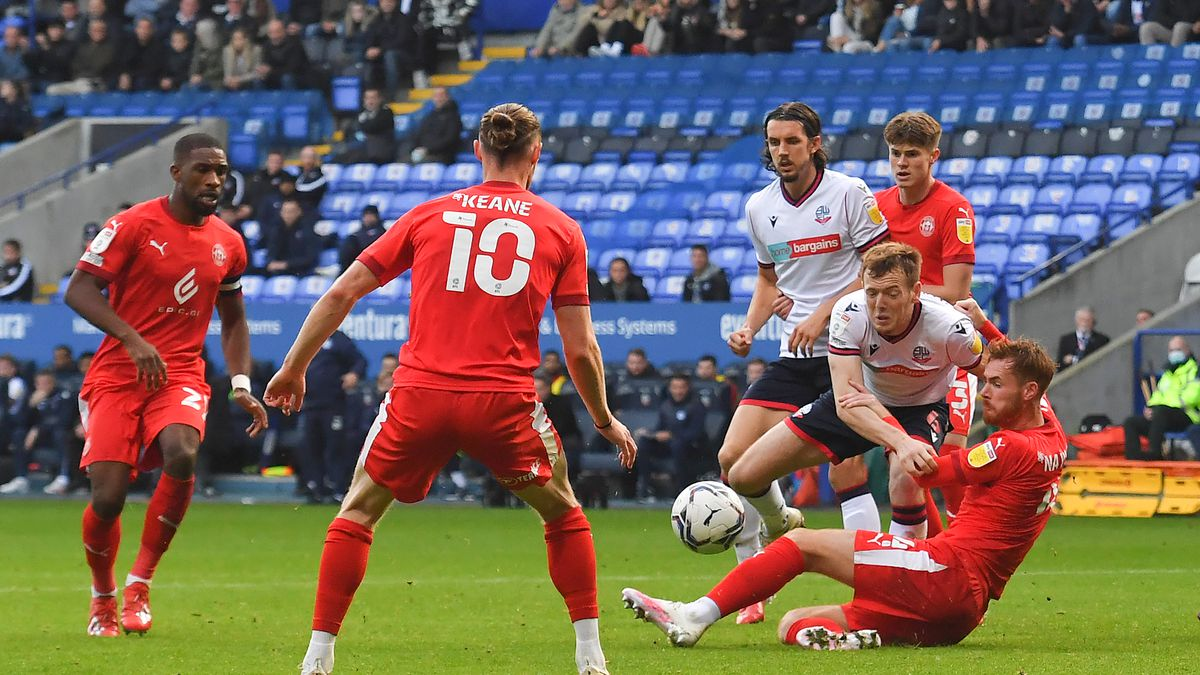 Bolton Wanderers v Wigan Athletic - Sky Bet League One
