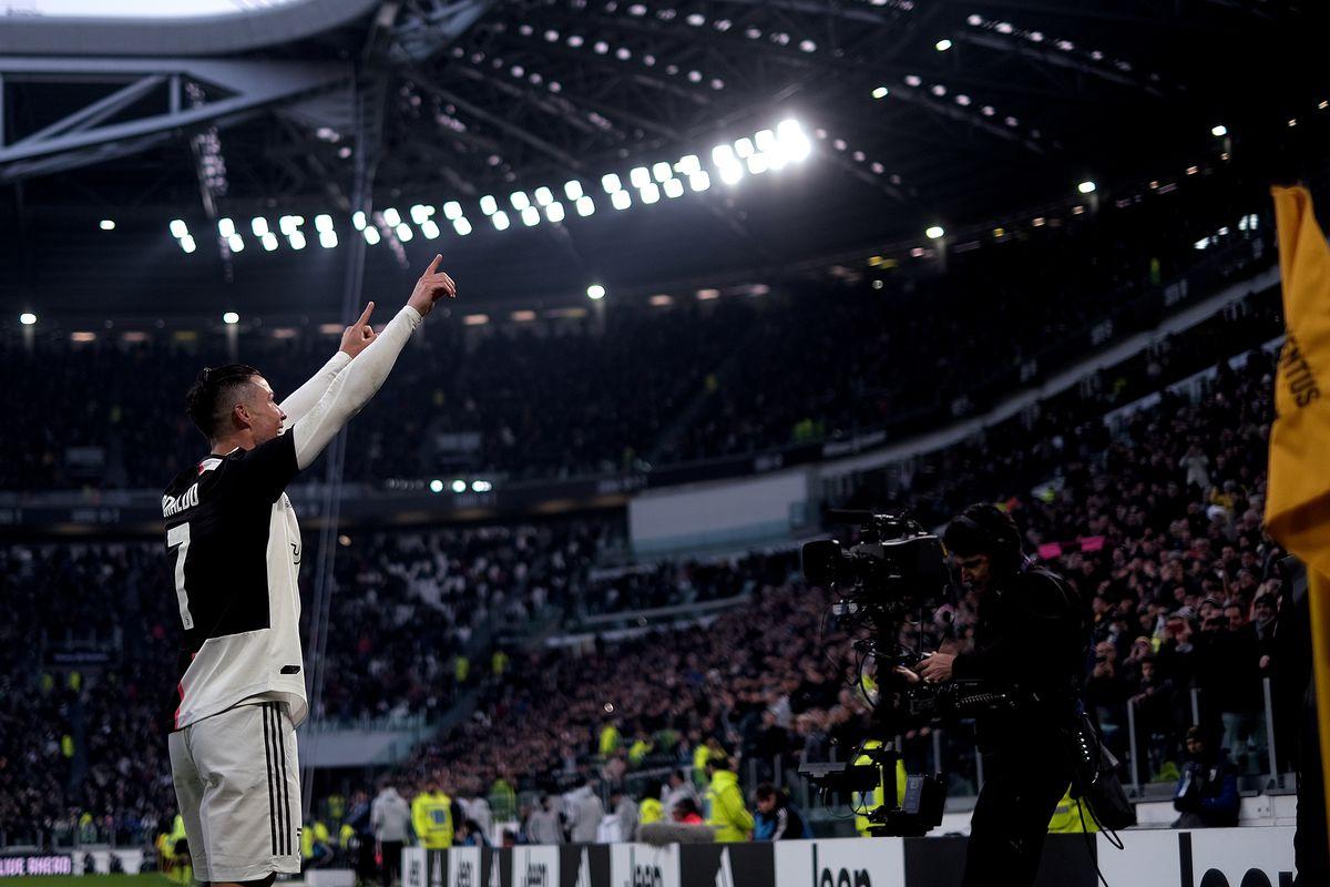 Cristiano Ronaldo of Juventus FC celebrate after scoring a...
