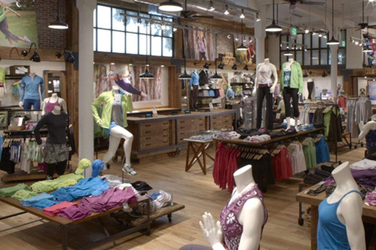 """Image of Athleta mannequins via <a href=""""http://www.athleta.net/chi/2011/01/25/from-dani-to-daniquin-inspiration-takes-form/"""">Athleta</a>"""