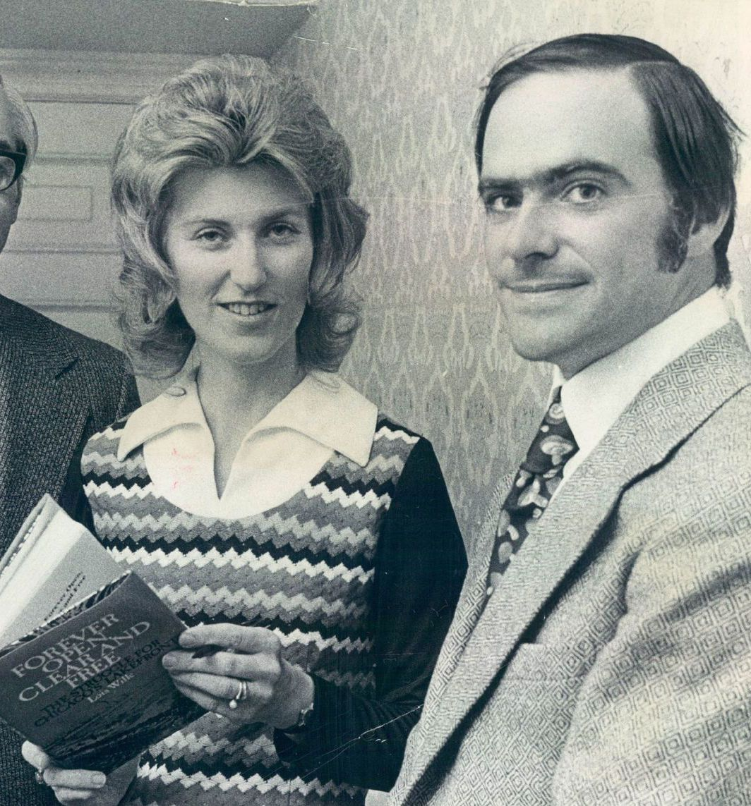 """Lois Wille, then a Daily News reporter, who receiving """"the Champion Fighter for a Better Chicago"""" award from the Metropolitan Housing and Planning Council in 1972. She's holding her book """"Forever Open, Clear and Free: The Struggle for Chicago's Lakefront."""