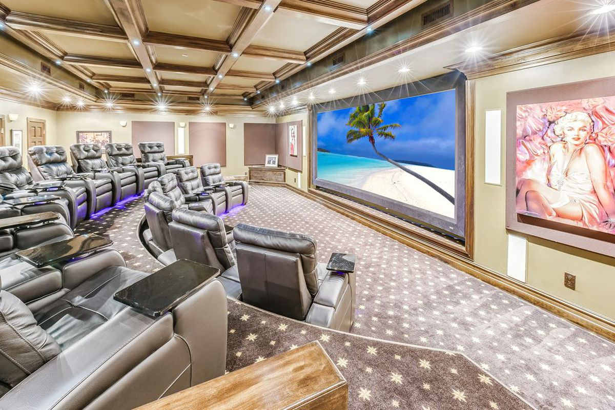 Fort Lauderdale Mansion With 16 Seat Movie Theater Asks 9m
