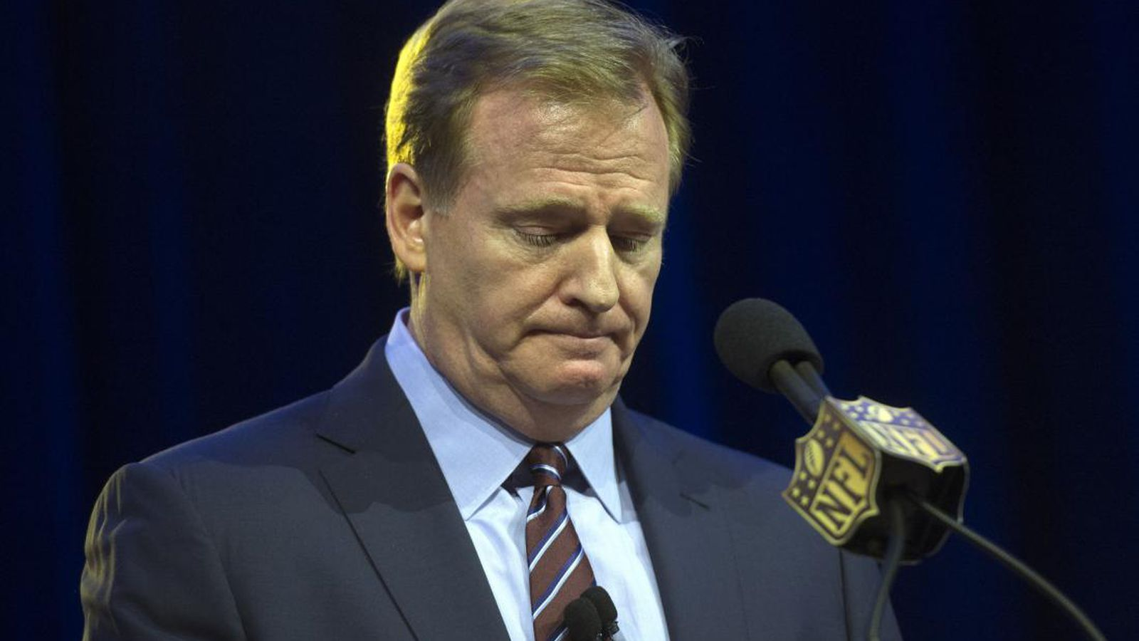 Nfl_players_fed_up_with_roger_goodell_strike_threat_real.1500744583