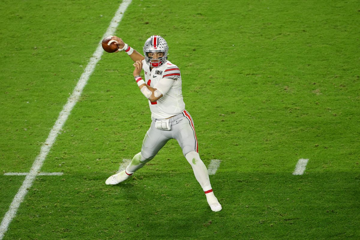 Justin Fields #1 of the Ohio State Buckeyes drops back to pass against the Alabama Crimson Tide during the College Football Playoff National Championship held at Hard Rock Stadium on January 11, 2021 in Miami Gardens, Florida.
