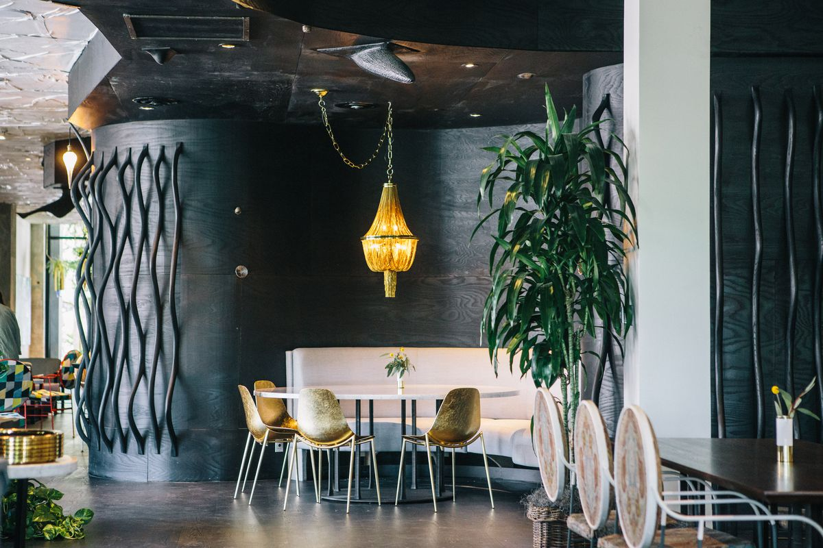 Step Inside Kristen Kish S Bright And Lush Downtown