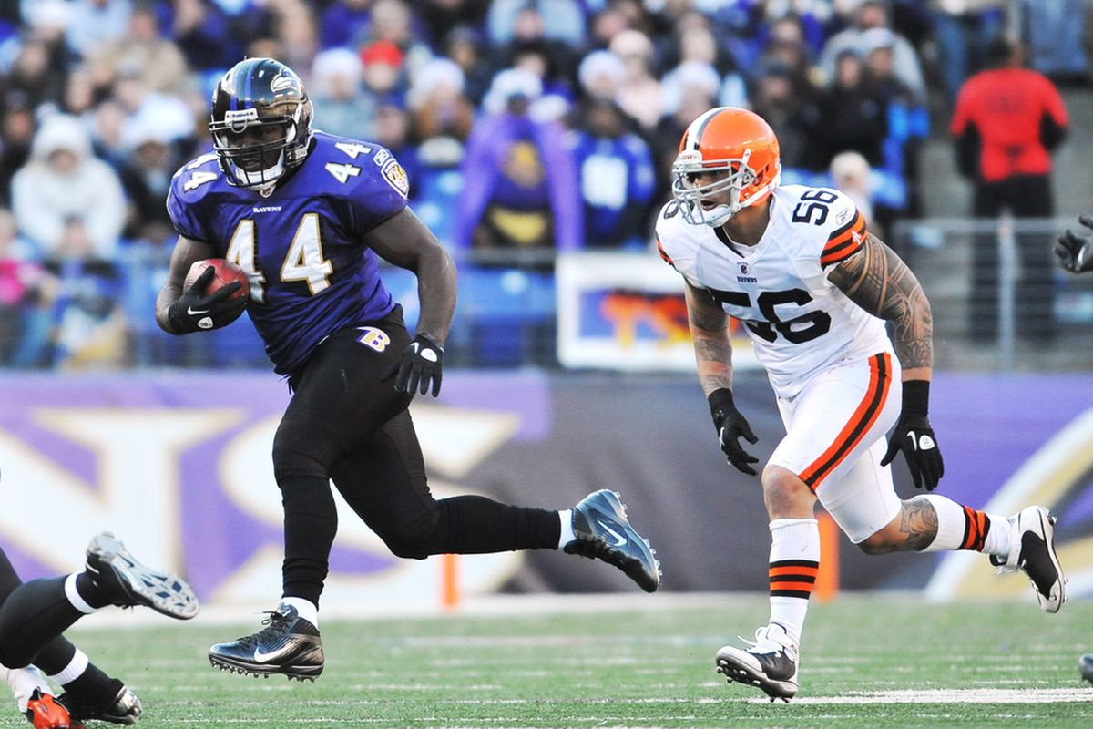 BALTIMORE - DECEMBER 24:  Vonta Leach #44 of the Baltimore Ravens runs the ball against the Cleveland Browns at M&T Bank Stadium on December 24, 2011 in Baltimore, Maryland. The Ravens defeated the Browns 20-14. (Photo by Larry French/Getty Images)