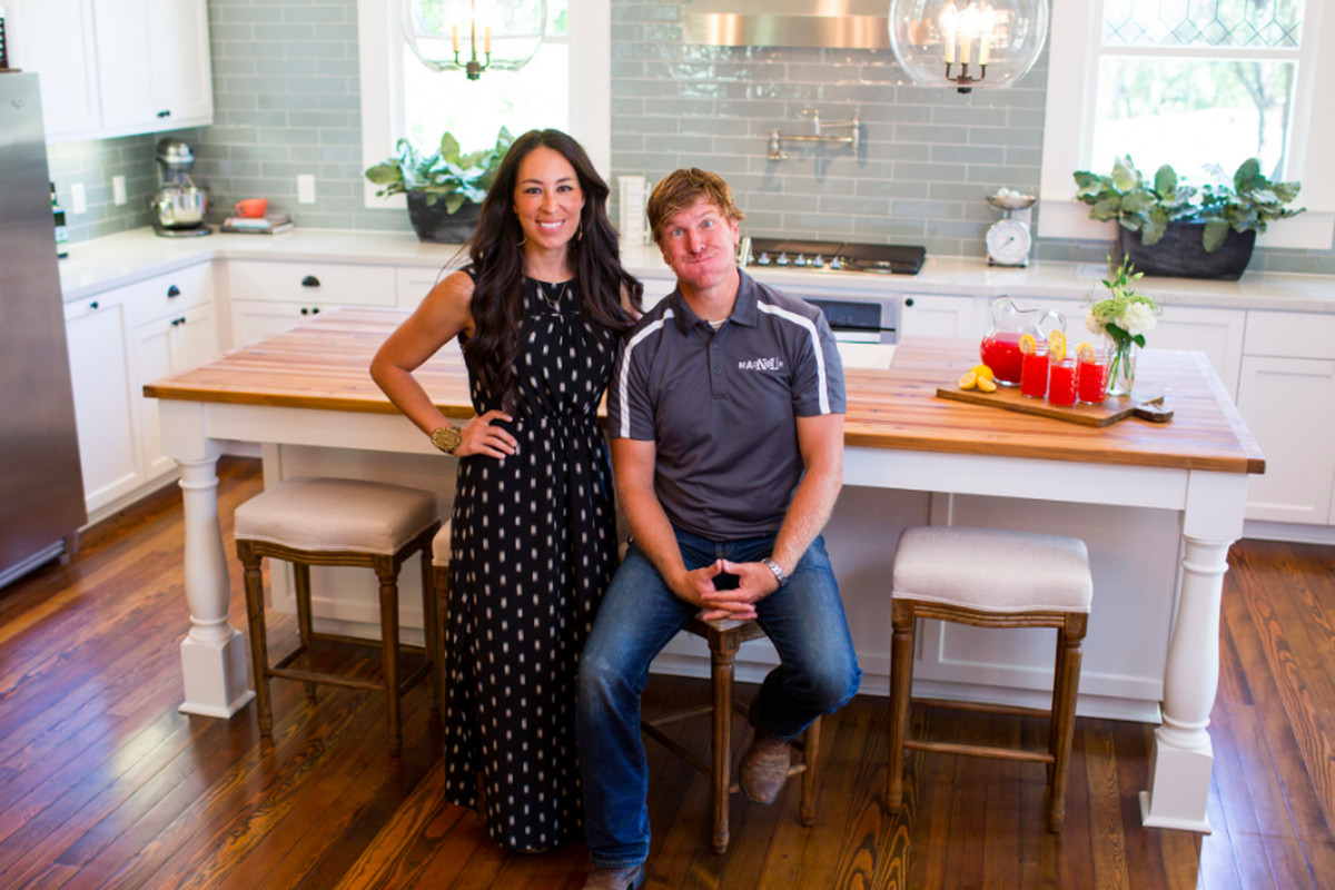 Fixer Upper Hosts Say They Want To Make Dream Homes Not