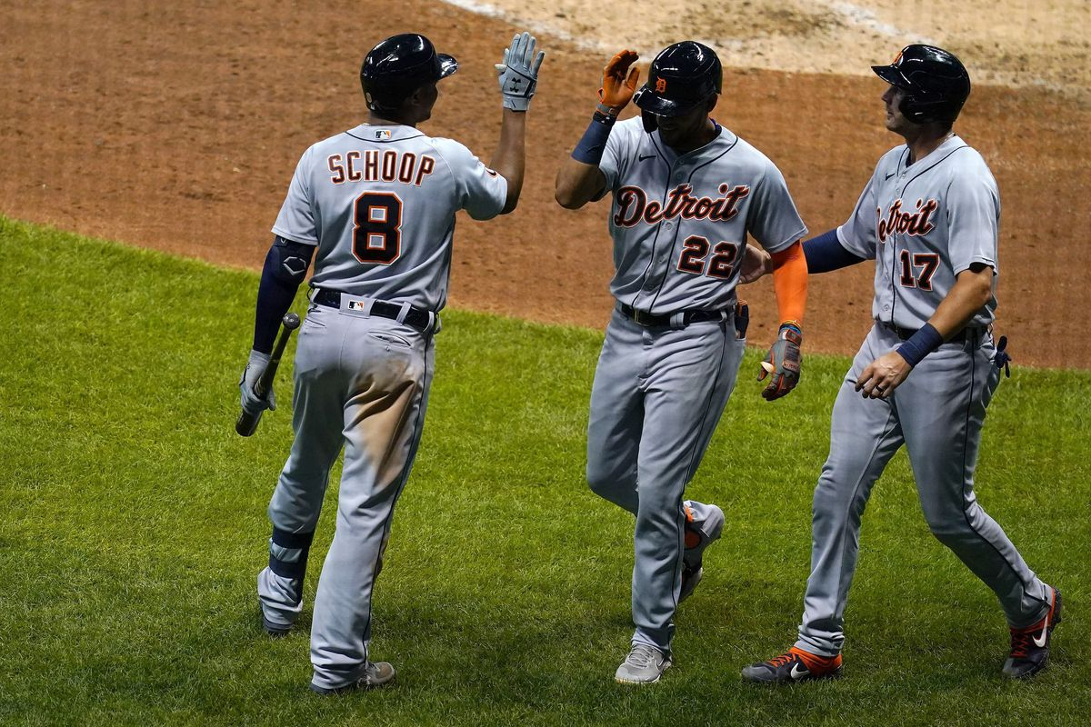 Detroit Tigers v Milwaukee Brewers