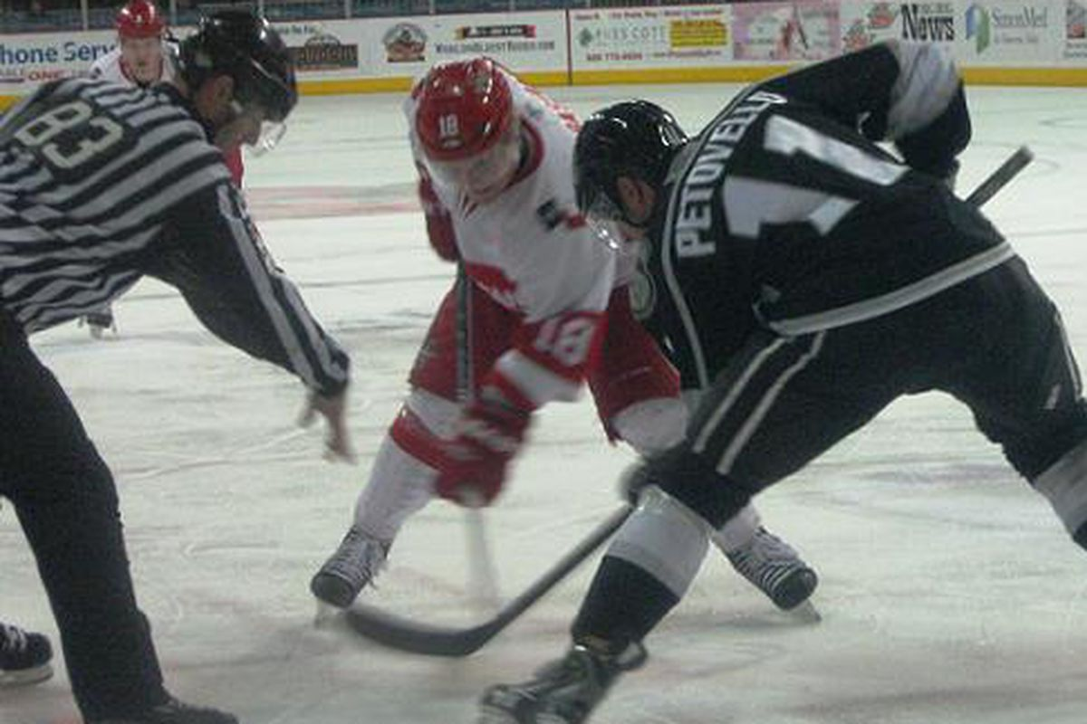 Kevin Petovello takes the draw against Allen Americans