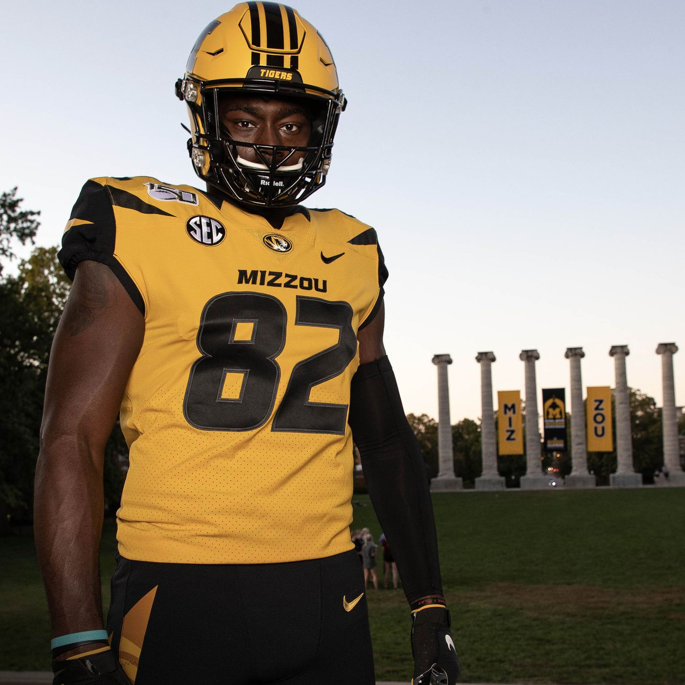Look Mizzou Football Unveils Uniforms For Homecoming Against Ole Miss Rock M Nation