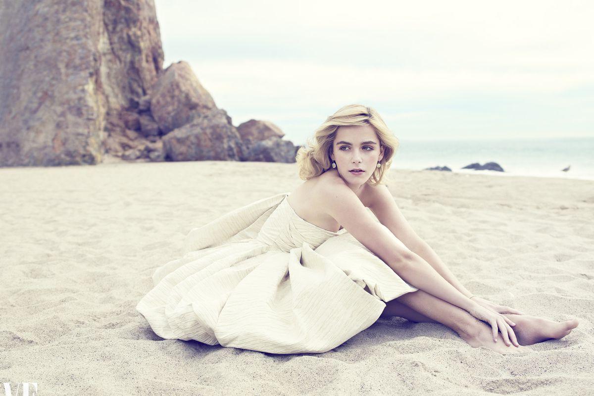"Photo by Williams and Hirakawa via <a href=""http://www.vanityfair.com/vf-hollywood/kiernan-shipka-mad-men"">Vanity Fair</a>"