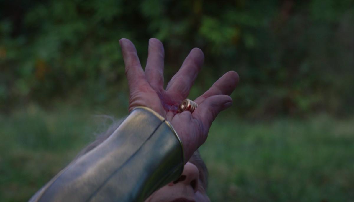 ozymandias stops a bullet in watchmen