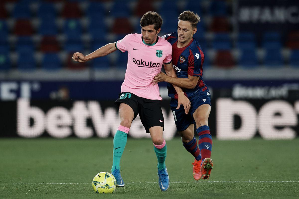 Levante UD v FC Barcelona - La Liga Santander