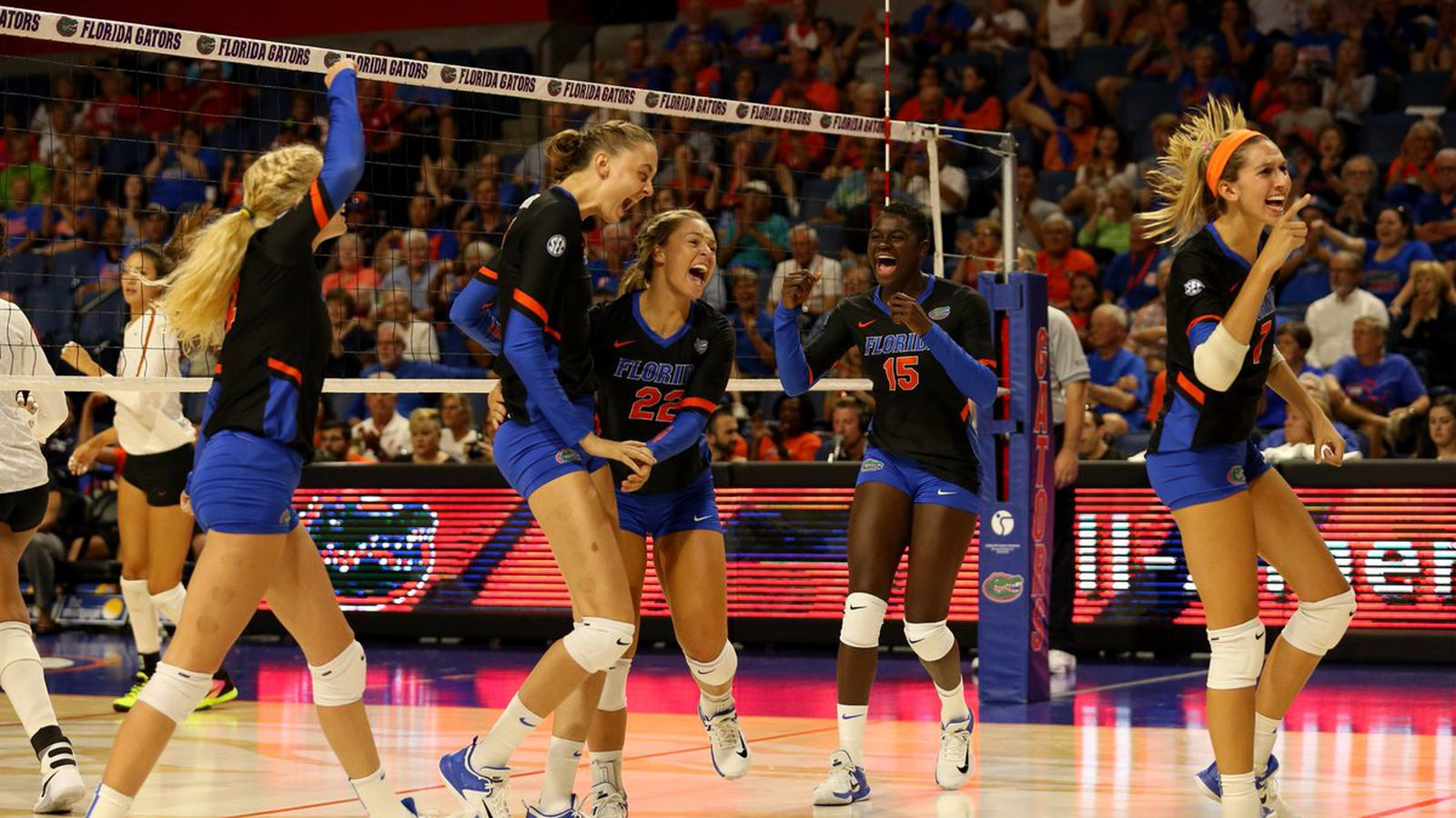 Florida_volleyball_texas.0