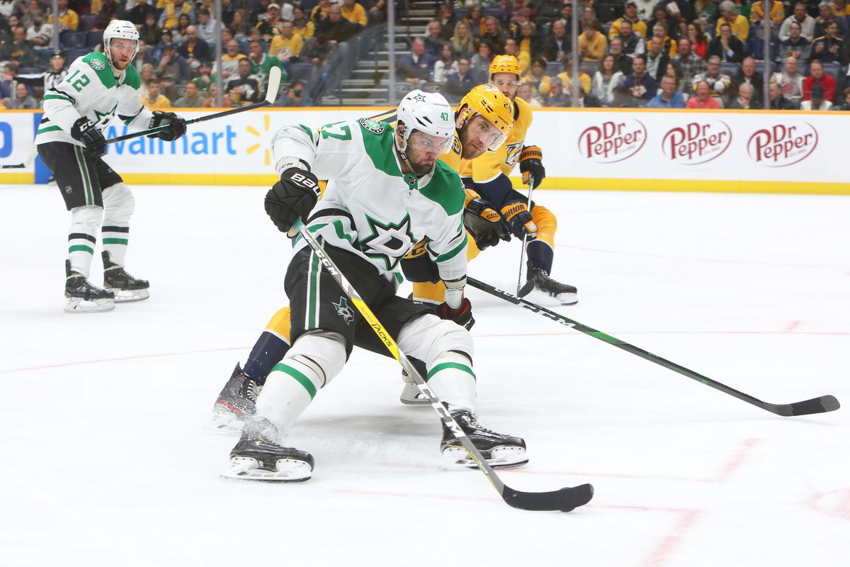 NHL: MAR 05 Stars at Predators