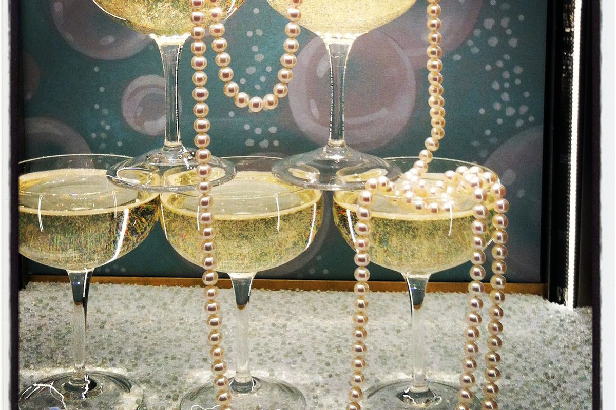 """A string of pearls at the Triffany &amp; Co. Fifth Avenue store. Photos by <a href=""""http://instagram.com/racked"""">Kerry Folan</a>"""