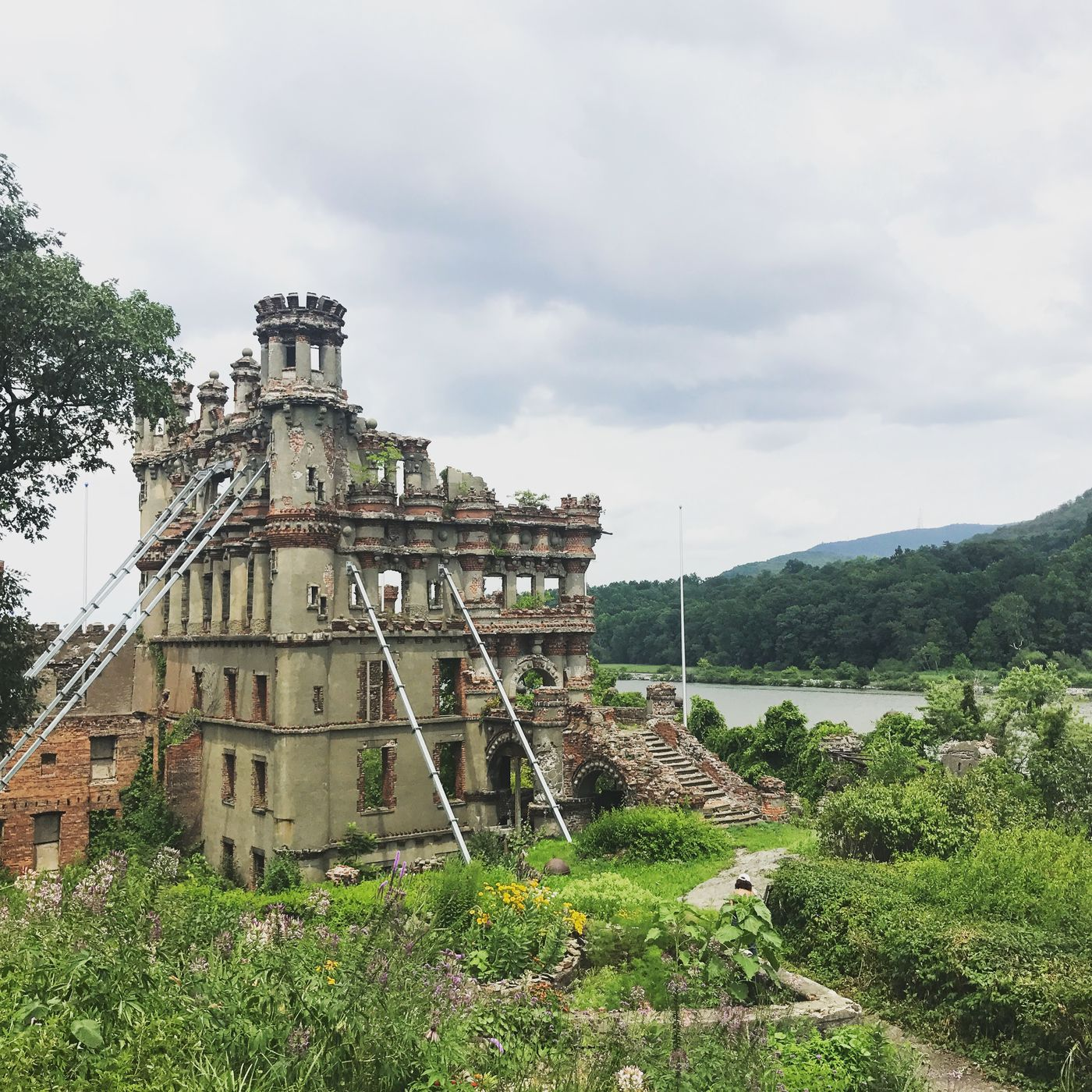 Bannerman S Castle How To Visit The Abandoned Hudson River Island Curbed Ny