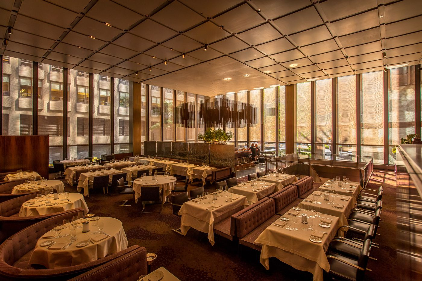 The Grill Is the City's Only Four-Star Ode to the Past - Eater NY