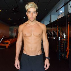 """<a href=""""http://la.racked.com/archives/2014/08/11/hottest_trainer_contestant_1_drew_lipson.php""""><b>Drew Lipson</b></a> of Orangetheory Fitness"""