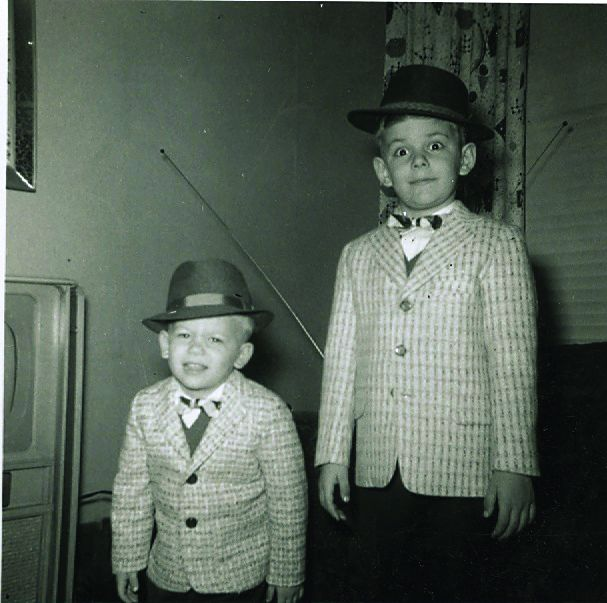 Young Jonathan Cain (right) with his brother Tom.   Zondervan