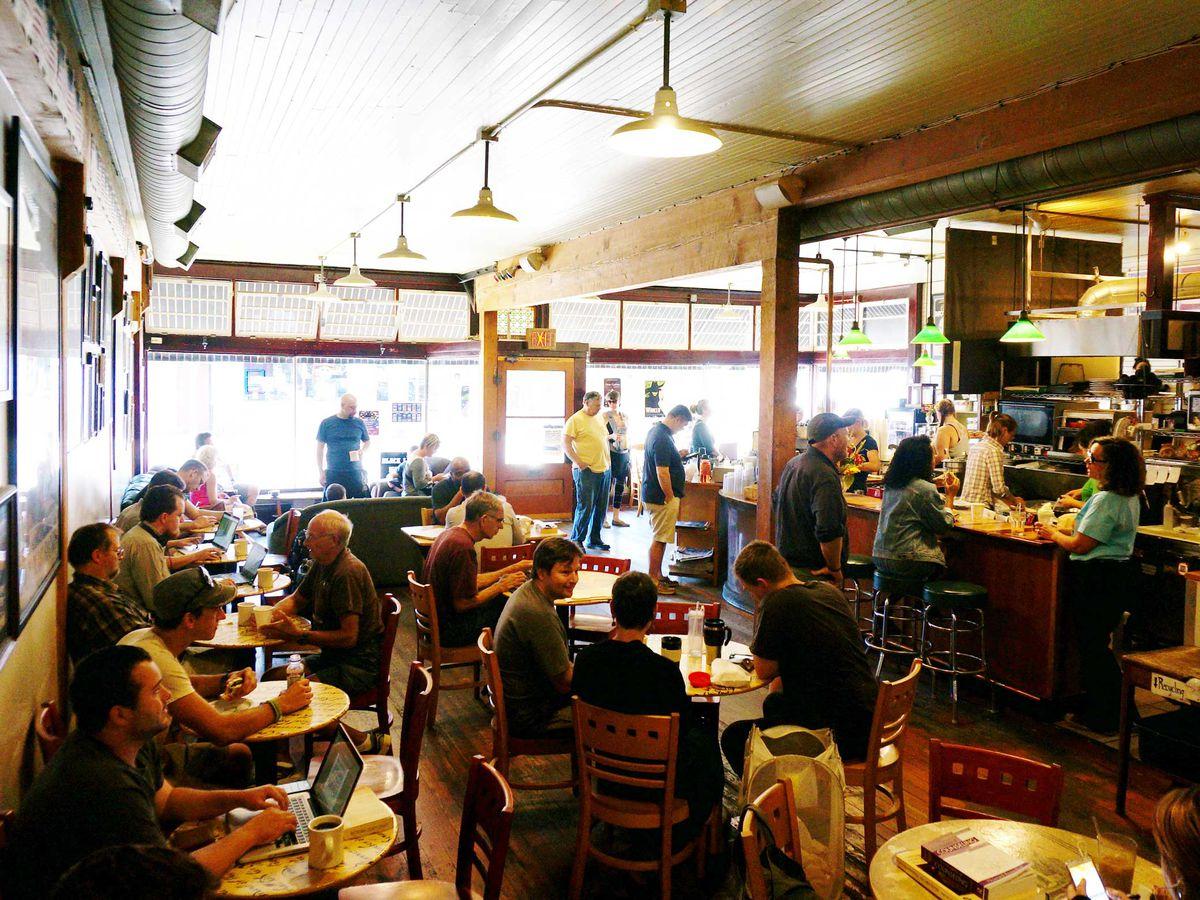 Bipartisan Cafe