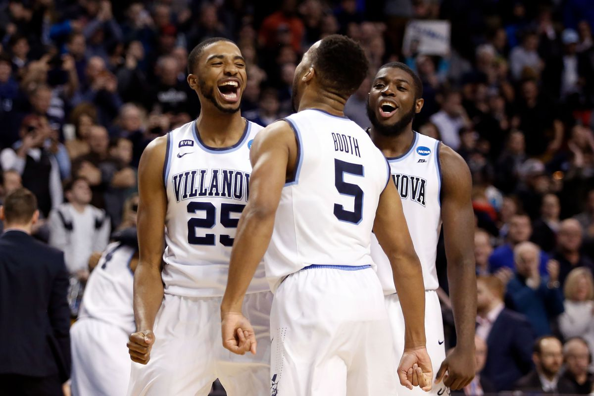 Villanova routs Kansas, sets 3-point Final Four record