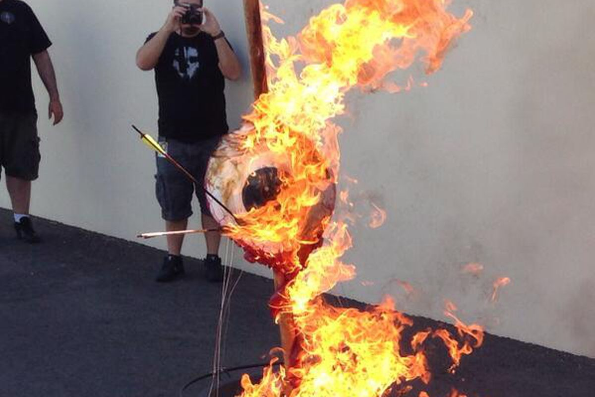 Neversoft closes studio by setting fire to its eyeball