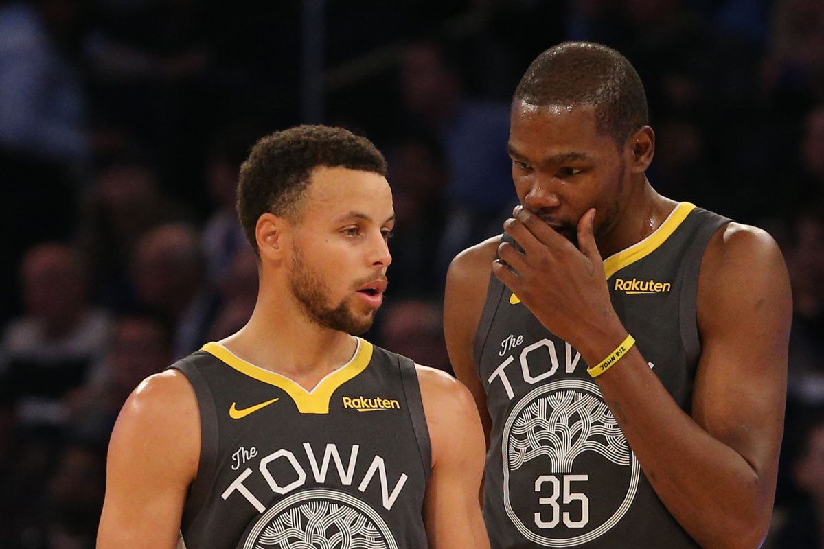 5e9b0b0e1dc Beautiful carnage  How Steph Curry and Kevin Durant s explosions feel  different